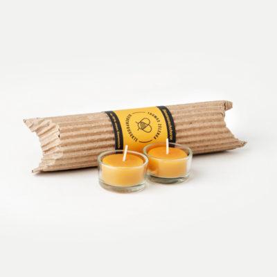 Teelichter aus Bienenwachs mit Teelichtgläsern